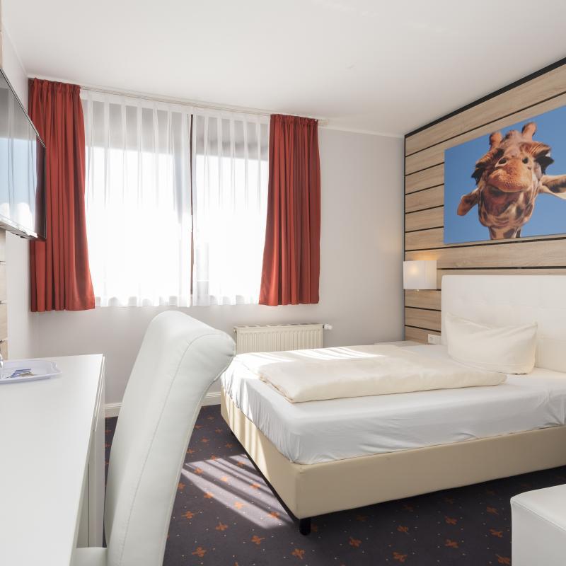 Hotel Tiek   Home